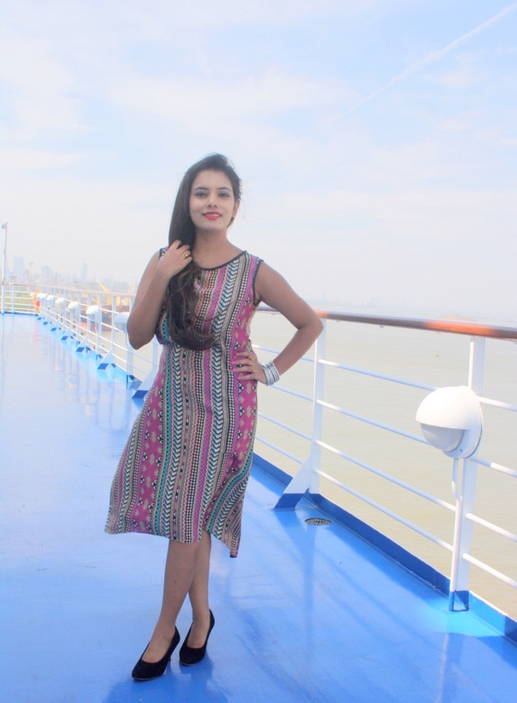 ritwika gupta spotlightxoxo cruise summer fashion